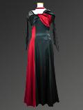 黒と赤の細身ドレス